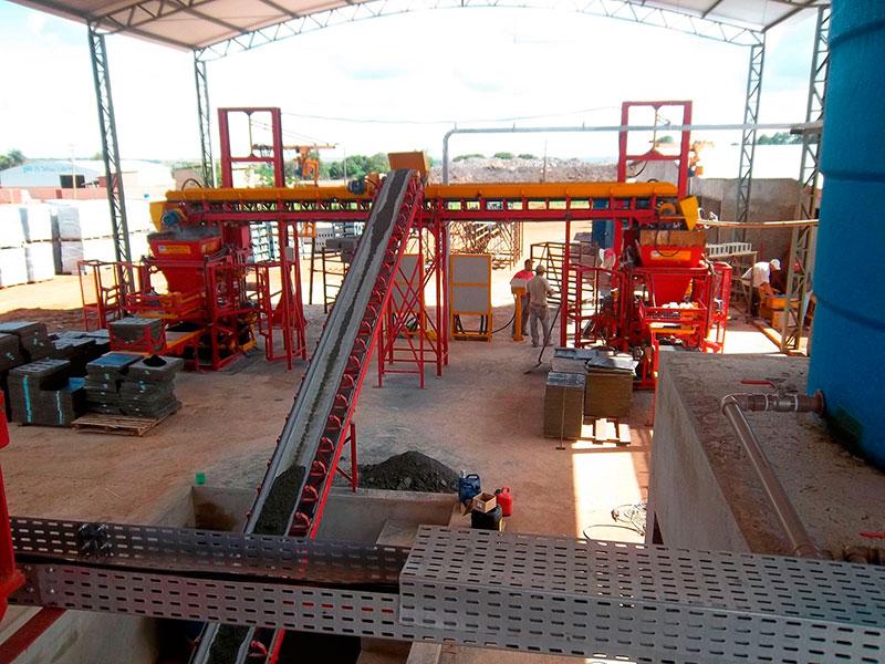 Esteira transportadora de concreto